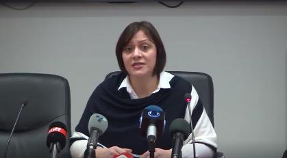 Димитриеска-Кочоска: Власта во заминување и понатаму ја задолжува државатанза 500 милиони денари