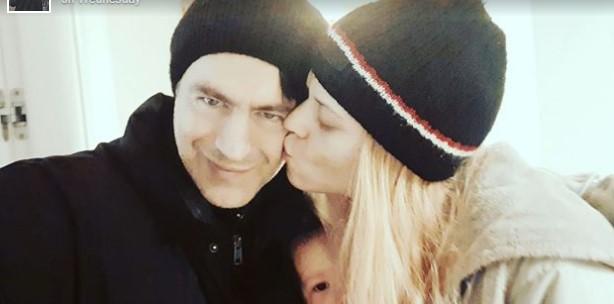 Ова е ќерката на Борис Новковиќ: Пејачот ја сподели првата нејзина фотографија за Нова година