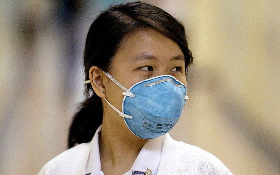 Во Кина се шири мистериозна болест на белите дробови, почина едно лице