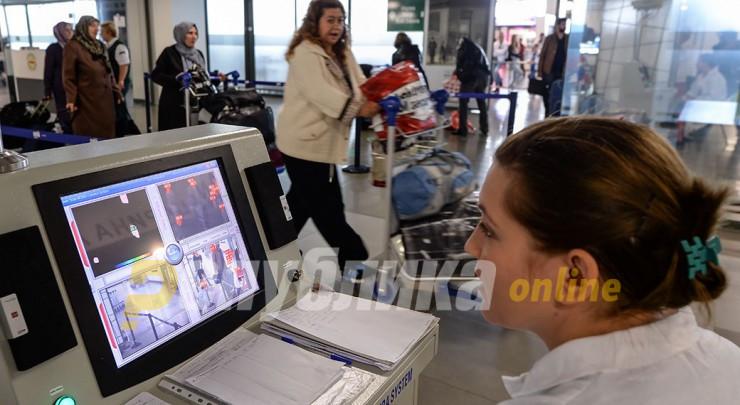 За Филипче нема причина паника за коронавирусот, од ВМРО-ДПМНЕ велат дека проверката на патниците доцнела
