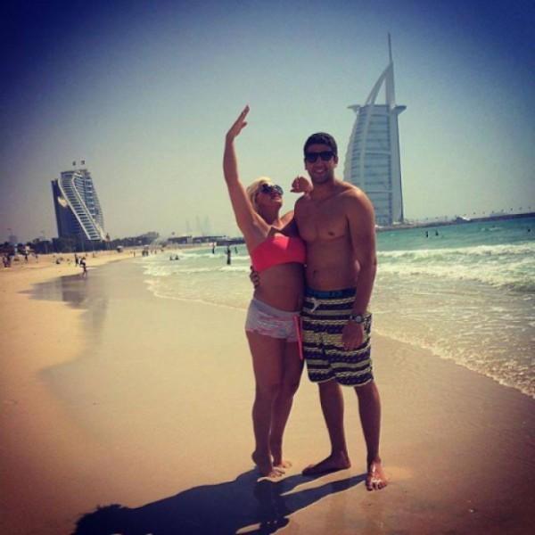 Балканска пејачка стана 23 жена на шеик во Дубаи: Уживам со моите пријателки