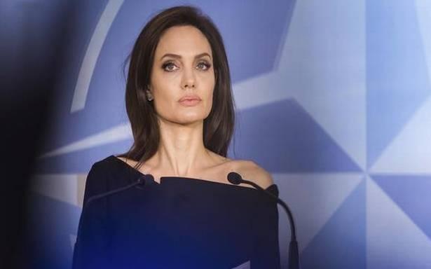 Анџелина е бесна, но не поради Џенифер