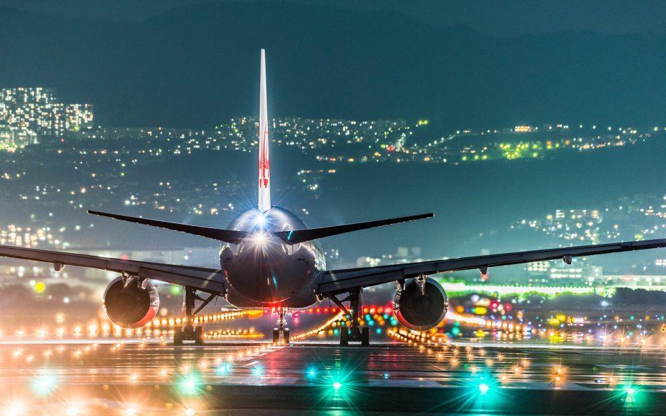 Тинејџер се обидел да украде авион за да оди на концерт
