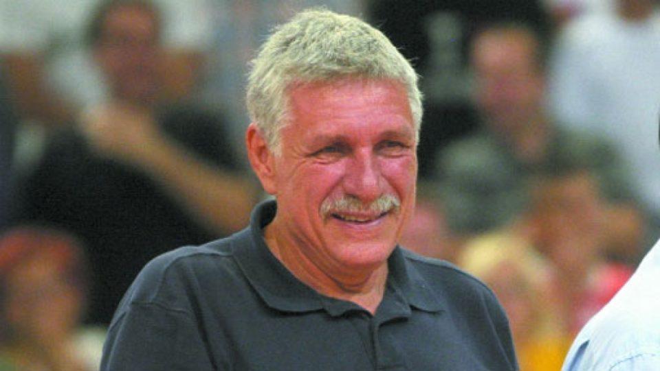 Ноќеска во тешка сообраќајка загина кошаркарската легенда Буштур