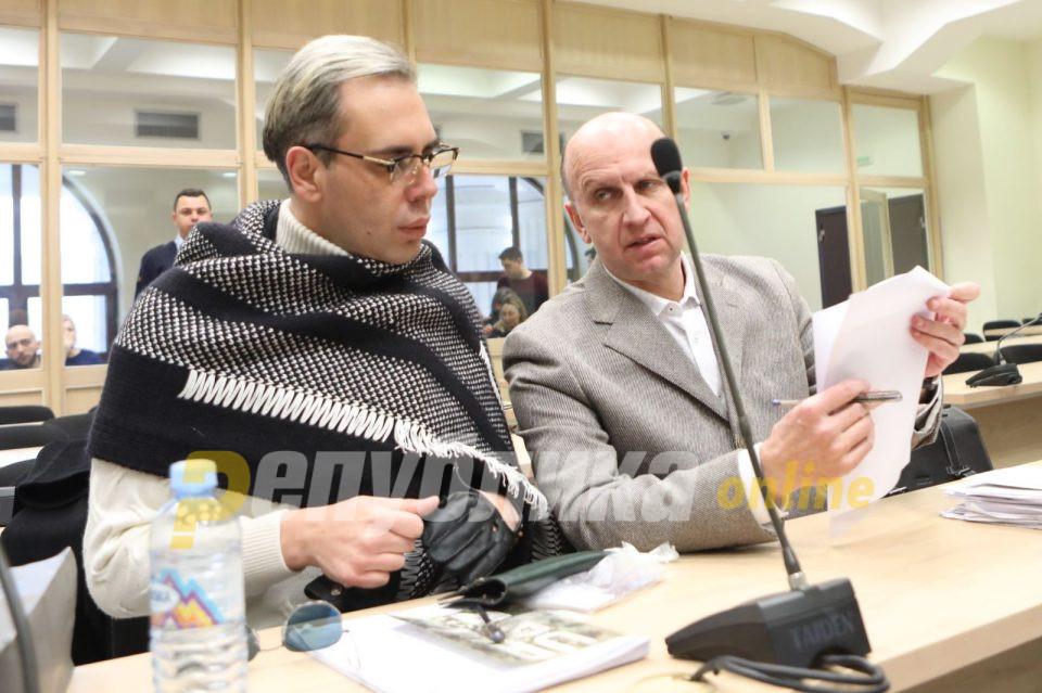 Не е јасно кој нависитна зборува, вели одбраната за снимките меѓу Боки и Камчев