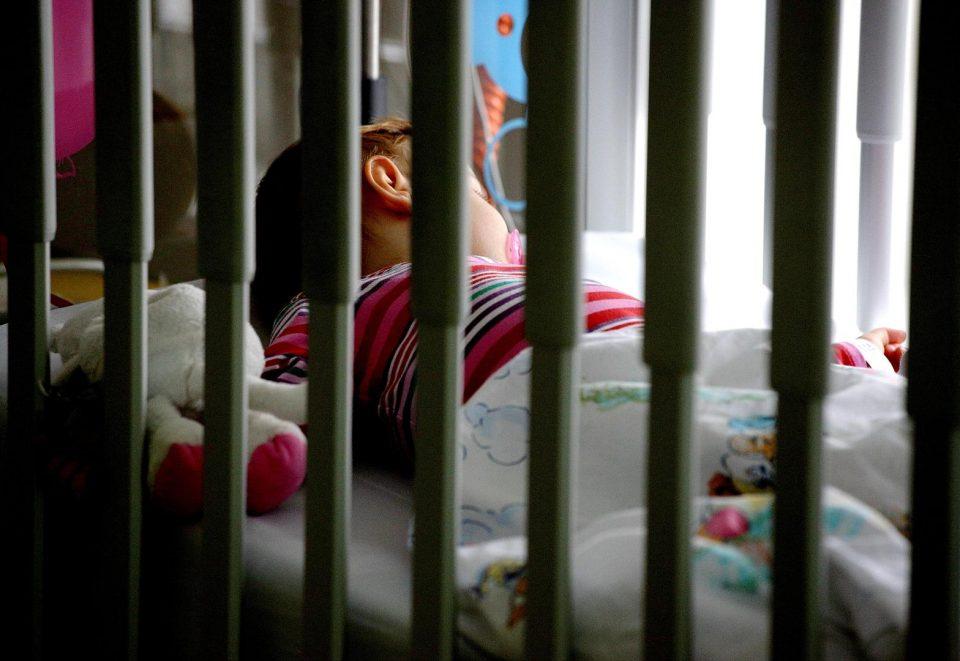 Четиримесечно бебе и мајката позитивни на коронавирус