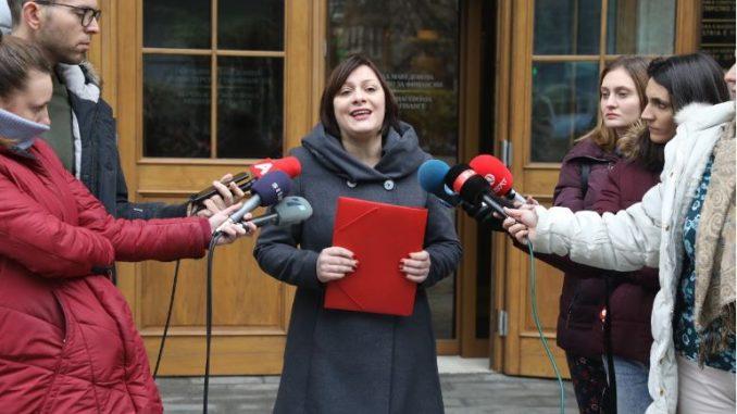 Димитриеска Кочоска: Ако Буџетот е во добра кондиција, тогаш зошто се задолжуваме?