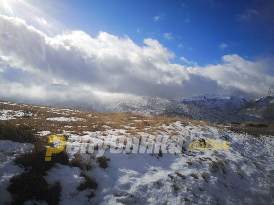 Oблачно и студено со ветер и снег