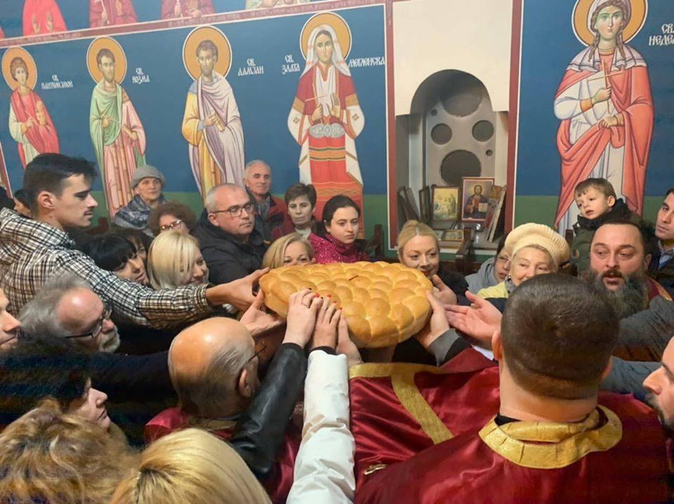 Литургија за Бадник во сите храмови на МПЦ