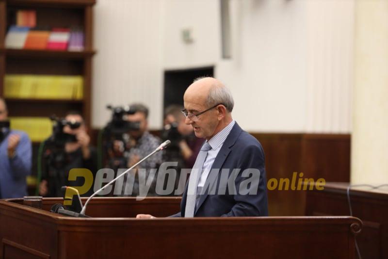 Јовески не одговара на писмото на Боки за средба на која сака да го пријави криминалот на Рускоска