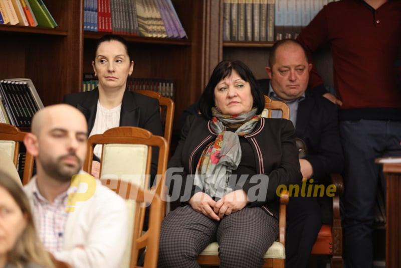 Костовски: Александрова може само да бара оставка од своите стопани, Зоран Заев и Вице Заев
