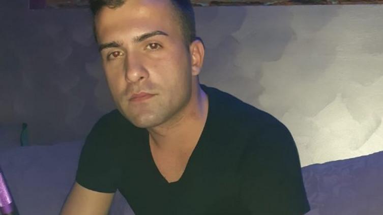 Две девојки го киднапирале, го дрогираат и го опиваат – Босанецот по кого трага цела БиХ