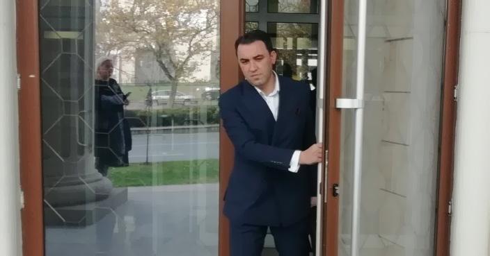 """Адвокатот во """"ТНТ"""" Мерџан Даути се жали: Судот ми го ограничува правото на користење на албанскиот јазик, барам превод на сите списи и докази"""