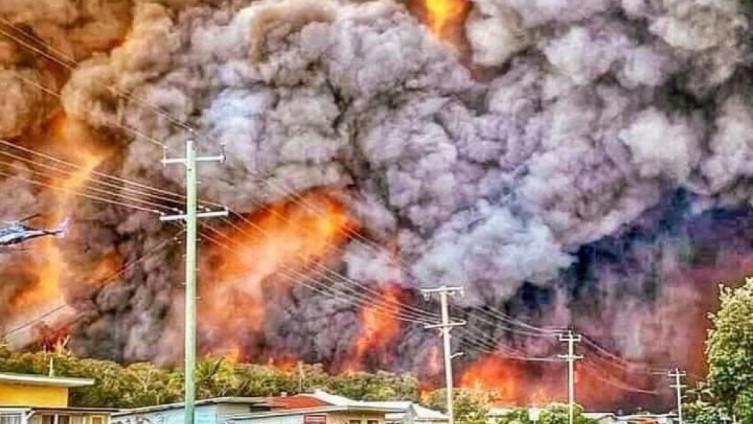 НАСА предупредува: Чадот од Австралија наскоро ќе ја заобиколи Земјата