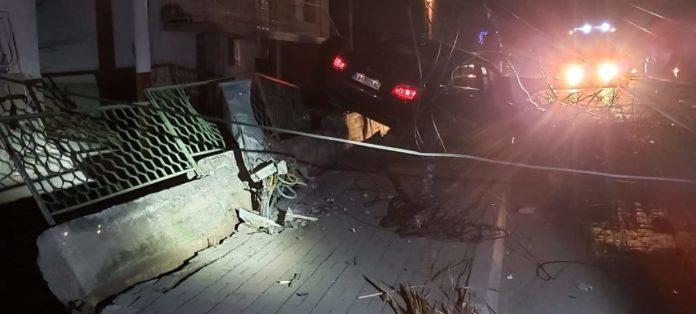 Страотна сообраќајка во Кавадарци остави дел од градот без струја