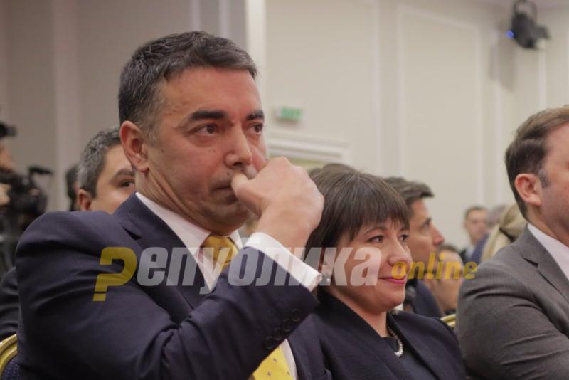 Димитров е министерот во чие министерување се смени името и се тргува со идентитетот, затоа им гори под нозете