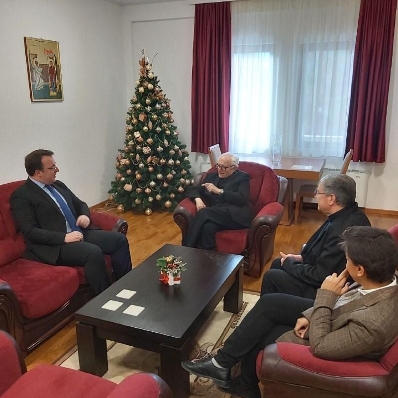 Николоски на средба со монсењор Гвидо Пецорари: Јакне соработката на ВМРО-ДПМНЕ со Ватикан