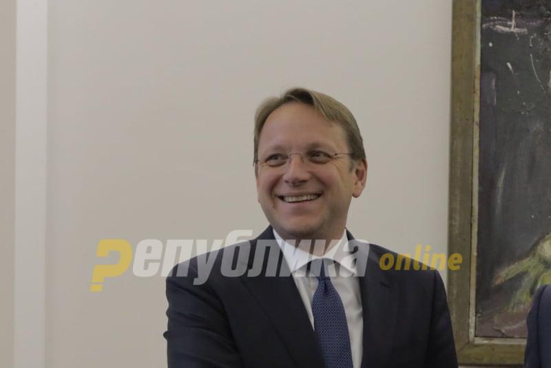Еврокомесарот за проширување Вархеји го сподели интервјуто на Република со Николоски, вели дека ќе се обиде да ги исполни очекувањата