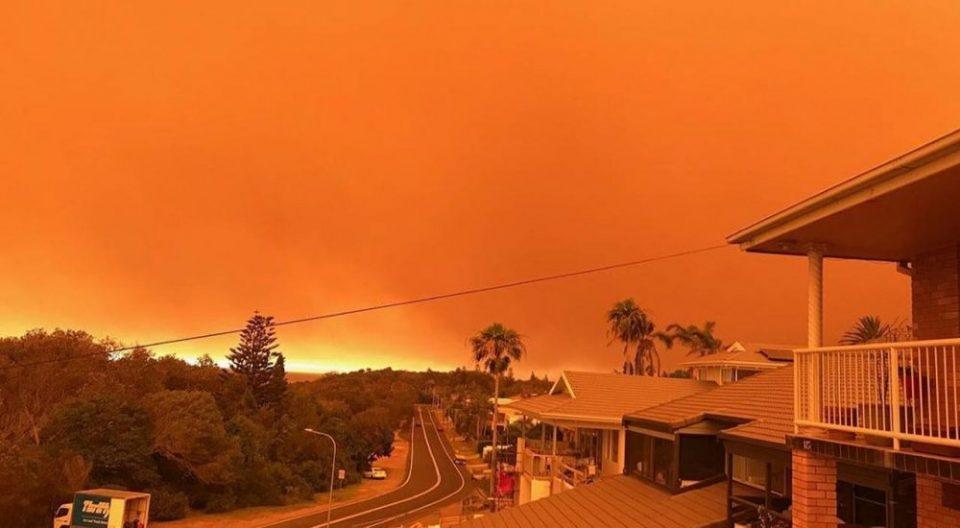 Властите во Австралија со апел до граѓаните да се евакуираат поради опасност од нови пожари