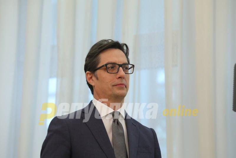 """Пропадна чествувањето со Бугарија: Пендаровски нема да оди во Рим за """"Кирил и Методиј"""""""