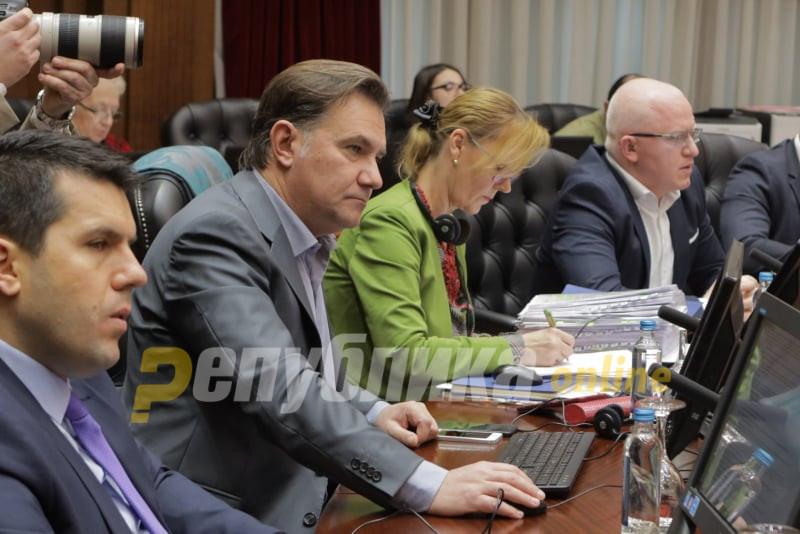 Откако му беше укинато министерството, Роберт Поповски се враќа во Влада, но како национален координатор