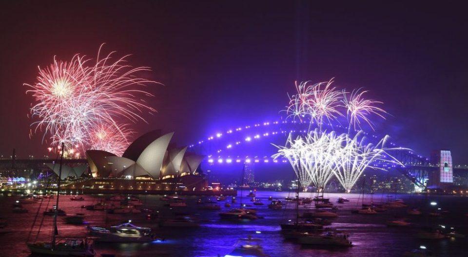 Спектакуларен новогодишен огномет во Сиднеј