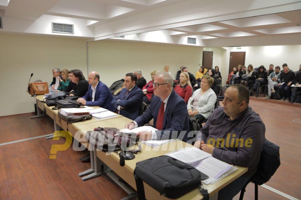 """Адвокатите во """"ТНТ"""" бараа иземање на обвинителот Рустеми, судијата не дозволи"""