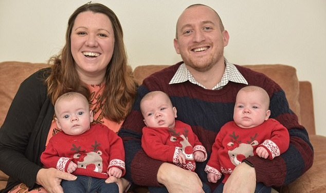 Oваа брачна двојка се бореше со неплодност, но овој Божик го дочекаа со тројка