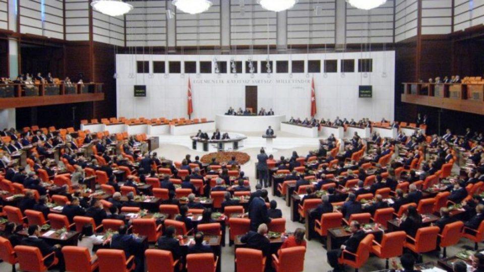 Турскиот Парламент гласа за испраќање војска во Либија