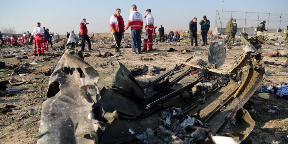 Црната кутија од украинскиот авион останува во Иран