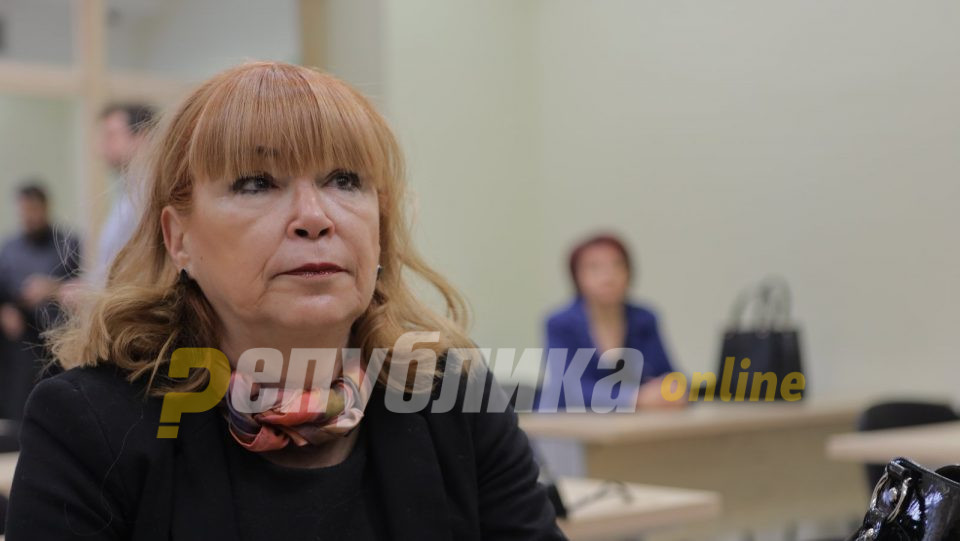 Рускоска кон Боки: Ова е судница, а не театарска сцена!