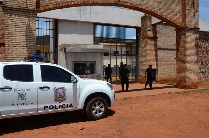 Мистериозно бегство на 75 затвореници од затвор во источен Парагвај