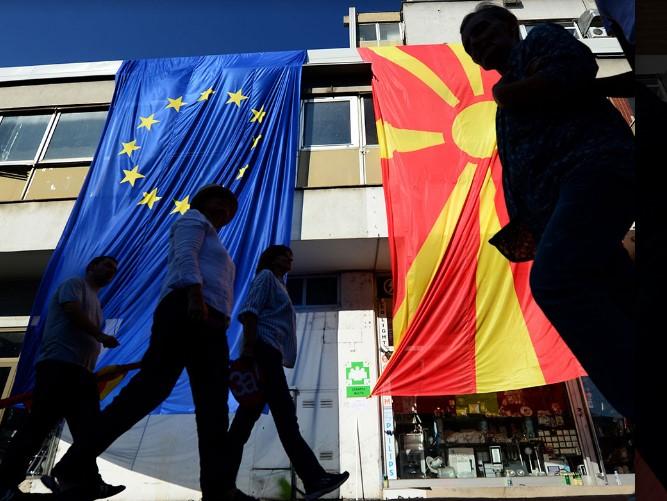 Уште не се објавуваат преговарачките рамки за Македонија и Албанија