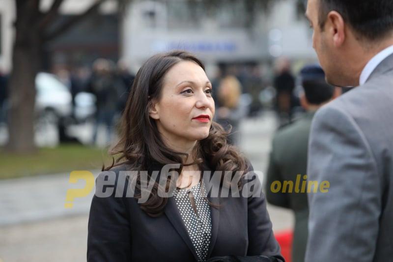 Апасиев: Ја не памтам Грујо да разрешил министер у четири сабајле…