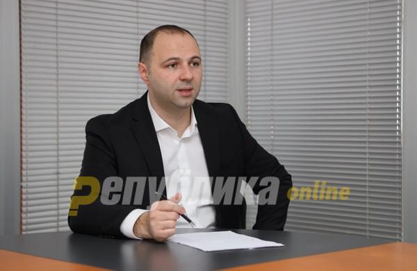 Mисајловски: Заев должи одговори зошто е сменет членот на историската Комисија со Бугарија?
