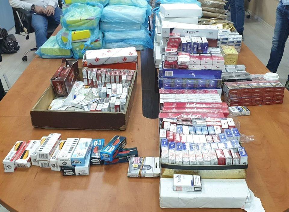 Шверцери на тутун и цигари во Тетово брутално нападнаа инспектори