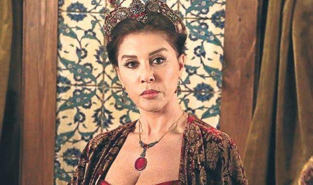 Ја глумеше мајката на султан Сулејман – била во брак само 15 месеци, денес на 76. години изгледа неверојатно