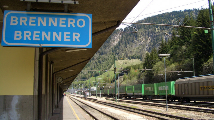Патничките од италијанскиот воз негативни на коронавирусот