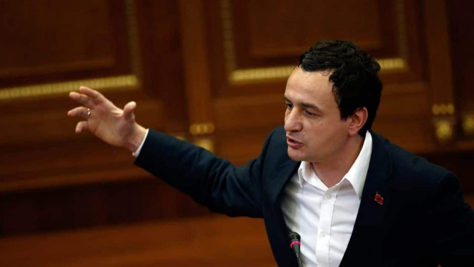 Албин Курти на фејсбук објави дека во Mакедонија ќе има избори во јули