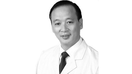 Почина главниот лекар од болницата во Вухан, го усмрти коронавирусот