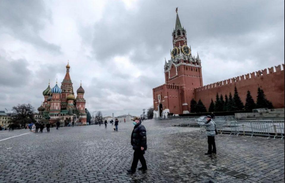 Русија: Пет години затвор за оние кои се вратиле од погодени земји, а не се изолирале