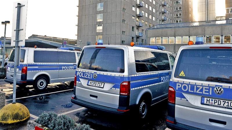 Германска болница под полициска опсада – чуваат изрешетан црногорски мафијаш