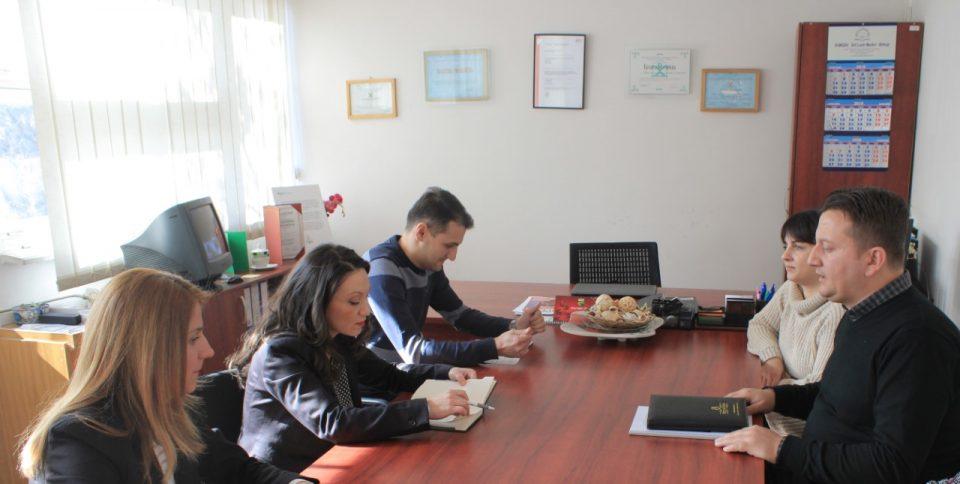 Министерката Мизрахи го посети Заводот за рехабилитација на деца и младинци