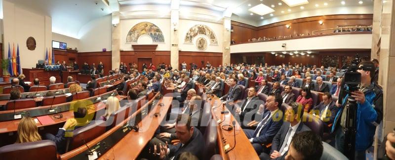 Мицкоски: СДСМ ќе беше најсреќна да излезевме од Собранието за да им поминат лесно сите штетни закони