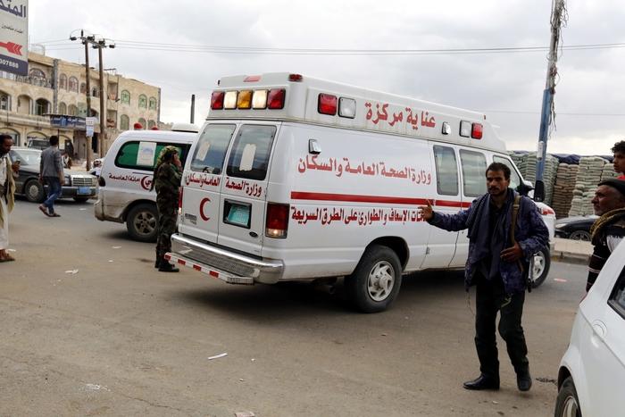 При воздушните напади во Јемен загинаа 35 лица, од кои 26 деца