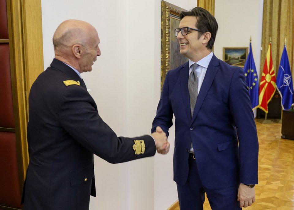 Средба на претседателот Пендаровски со делегација на вооружените сили Италија