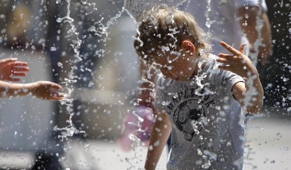 Вонредна временска прогноза: Ништо од пеколните температури во јули