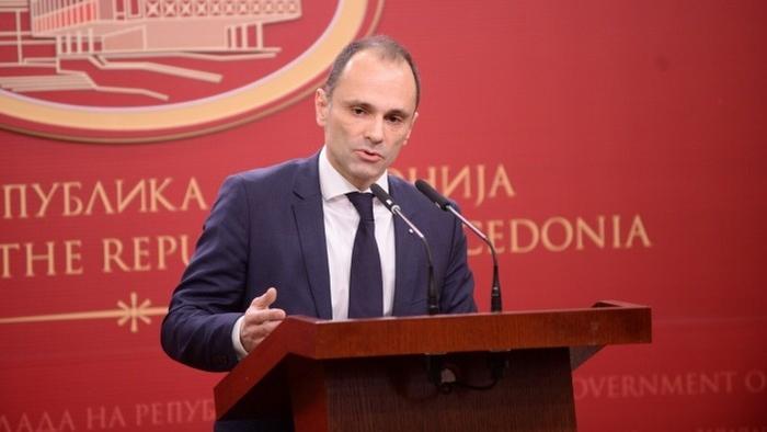 Апел на министерот Филипче: Секој кој бил во северна Италија веднаш во самоизолација од 14 дена