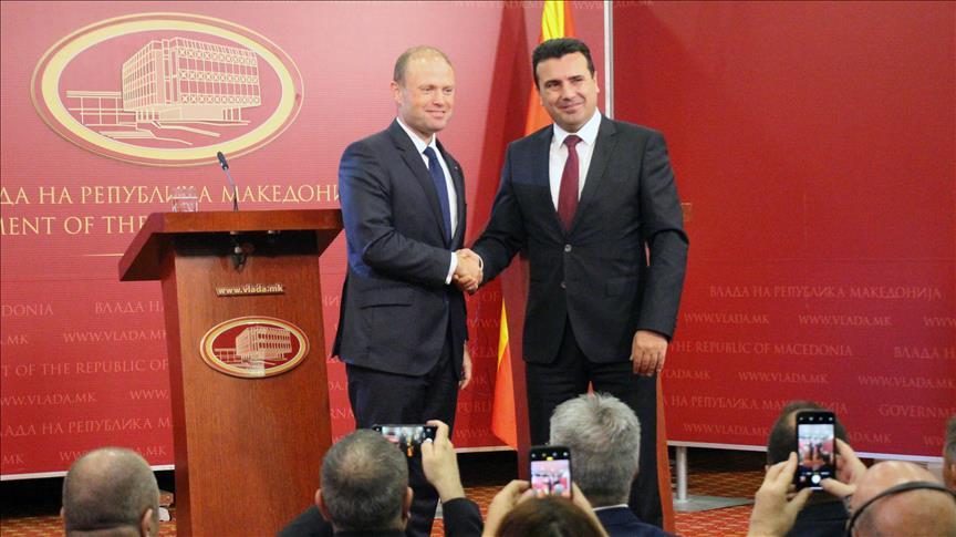 Албанските медиуми откриваат скандал: Заев на тајни средби со контраверзен магнат за склучување на договор за болници за кој се води истрага во Малта