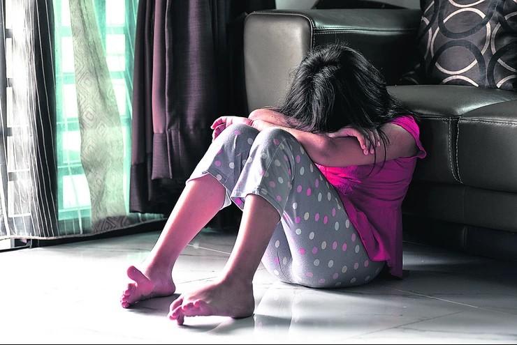 Во викенд куќа: Силувана малолетничка